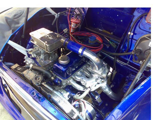 TYR-33D's supercharger set-up