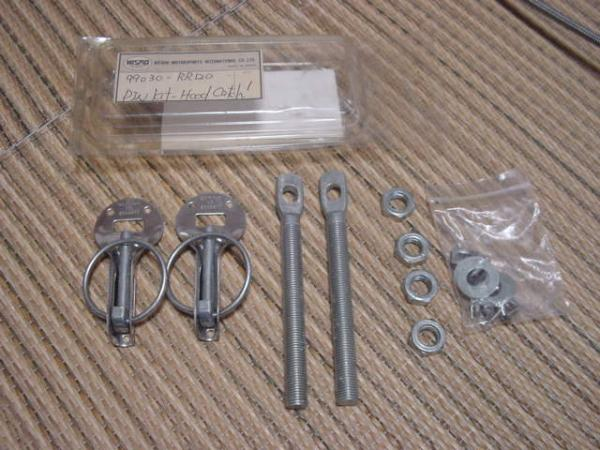 Nismo Bonnet Pin kit