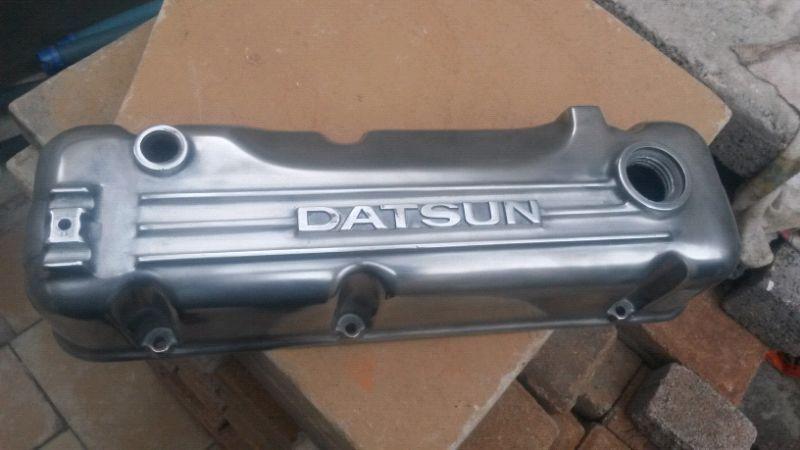 Datsun Pulsar aluminium tappet cover