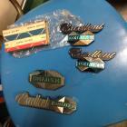 Deluxe 1400 badges